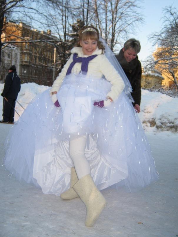свадьба зимой валенки