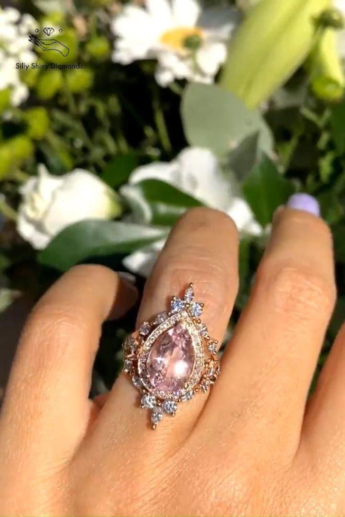 обручальное кольцо с морганитом
