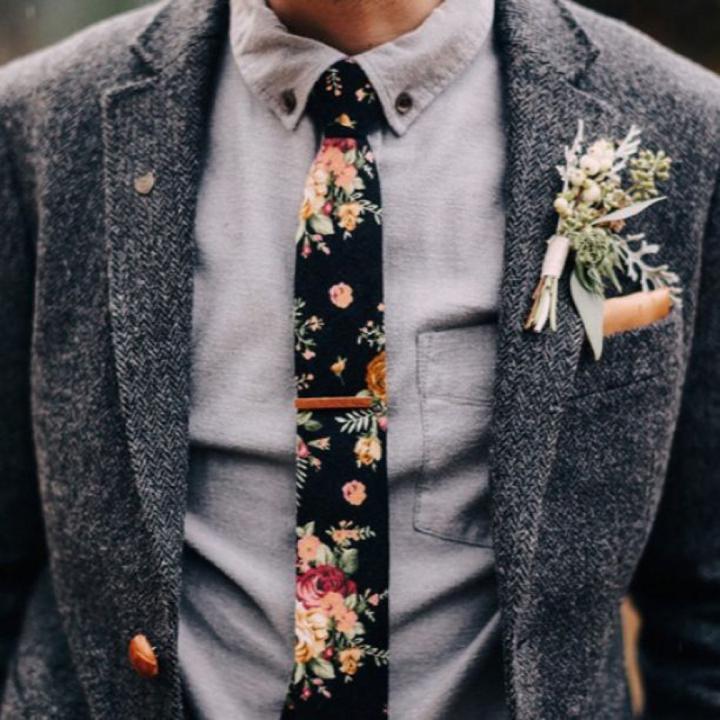 свадебный костюм жениха бохо
