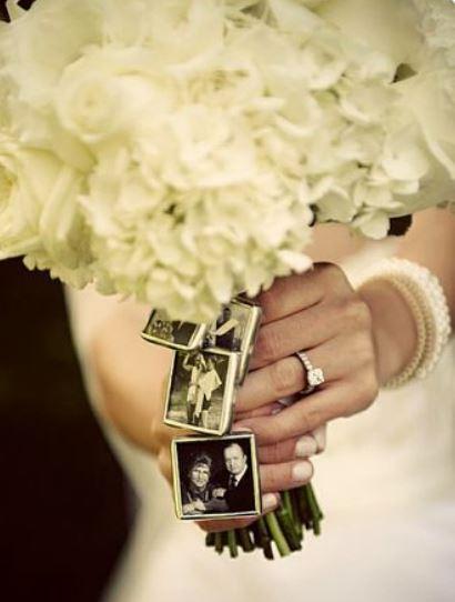 свадебный букет с памятными фото
