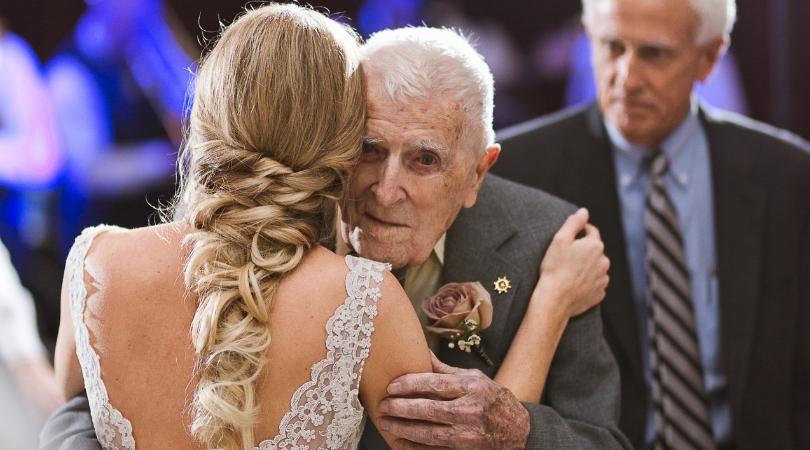 танец с дедушкой